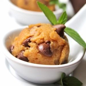 Paleo no bake chickpea cookie dough